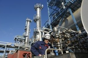 The-energy-sector-uses-big-data-to-streamline-operations-and-enhance-decisionmaking